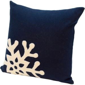single-snowflake-cushion-cover